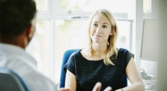 Salariés des HCR en difficultés ? Des solutions grâce à un accompagnement social dédié !